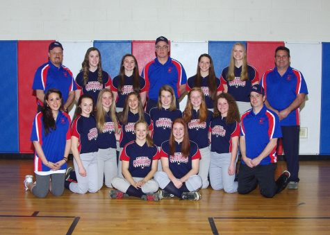 Baseball and Softball Move onto Next Round in Districts