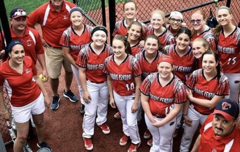 DCC Softball Team Heads into Playoffs Red Hot