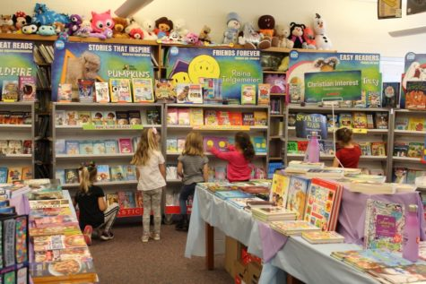 Book Fair Held For DCC Elementary