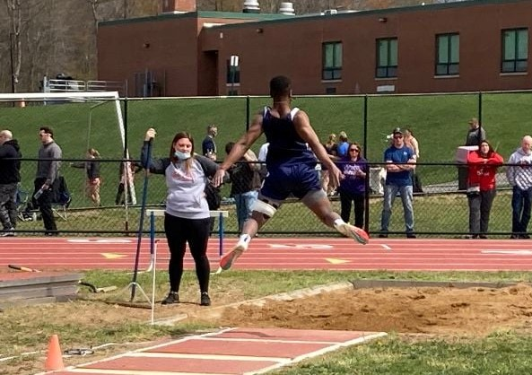 Five More Cardinals Qualify for Districts in Track and Field