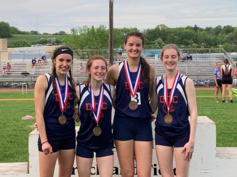 DCC Cardinals Take Home 8 Medals at Districts for Track and Field