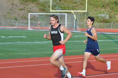 Cardinals Cross Country Teams End Dual Season in Style