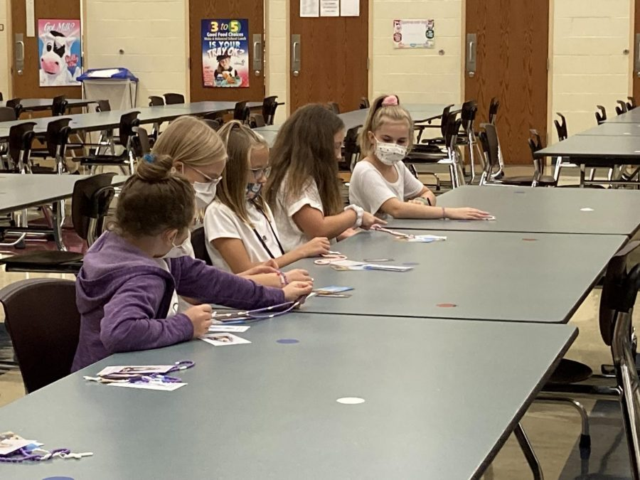 DCC+Fourth+Grade+Students+Learn+More+About+the+Rosary
