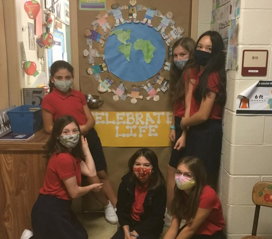 DCC Elementary Students Decorate Doors for Pro-life Week